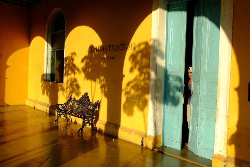 Yann-Deshoulieres-Cuba-Cimetiere-Cristobal-Colon-La-Havane
