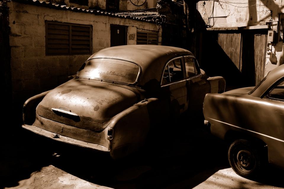 Yann-Deshoulieres-Cuba-La Havane-Old cars