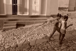 Yann-Deshoulieres-Cuba-Trinidad-Two little girls
