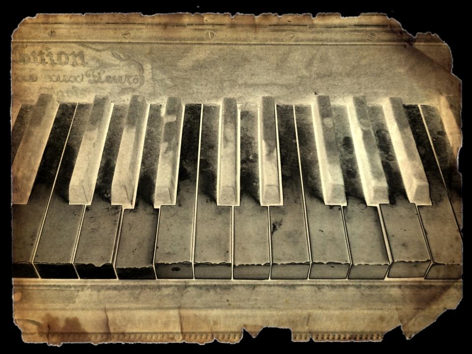 Yann Deshoulieres-Vieux piano